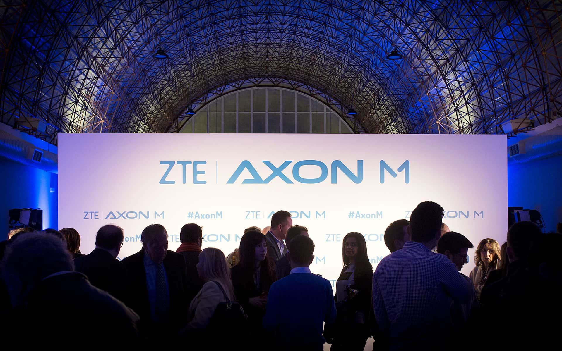 Agencia COONIC   Presentación AXON M 2018 DE ZTE   Salas MEEU